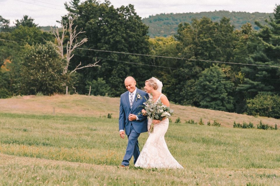 ss-farm-and-brewery-wedding-ceremony-suessmoments