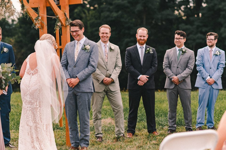 groomsmen-at-wedding-ceremony-suessmoments