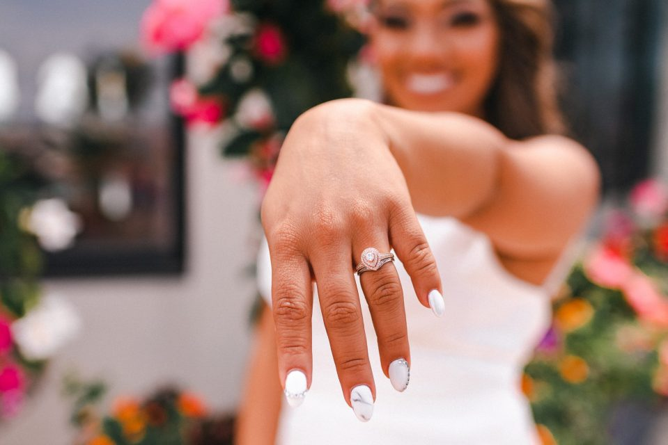 pear-shaped-wedding-ring-suessmoments