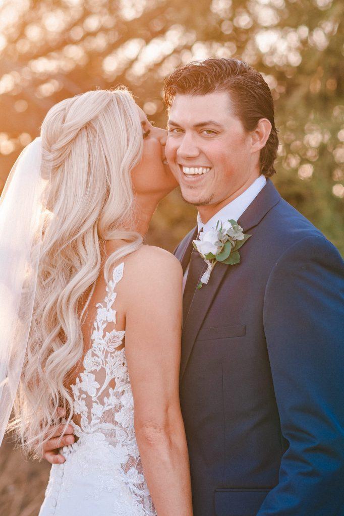 whispering-tree-ranch-az-golden-hour-wedding-photos-suess-moments
