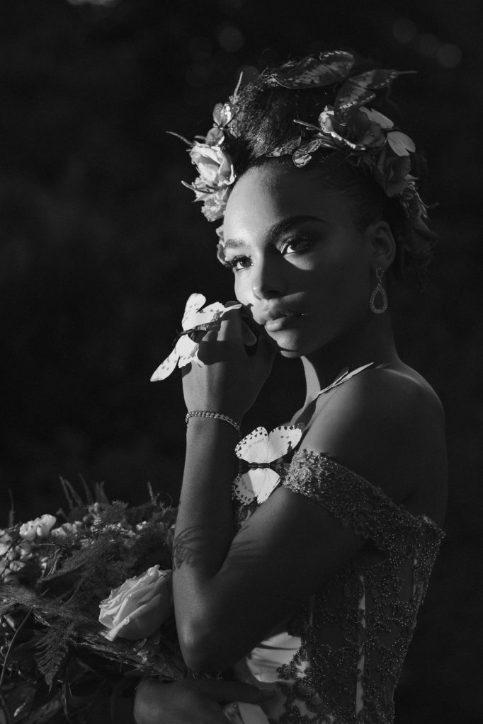 butterfly-bridal-portrait-black-and-white-suessmoments-photographer
