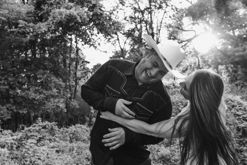 tickle-fight-engagement-photos-couple-fun-suessmoments