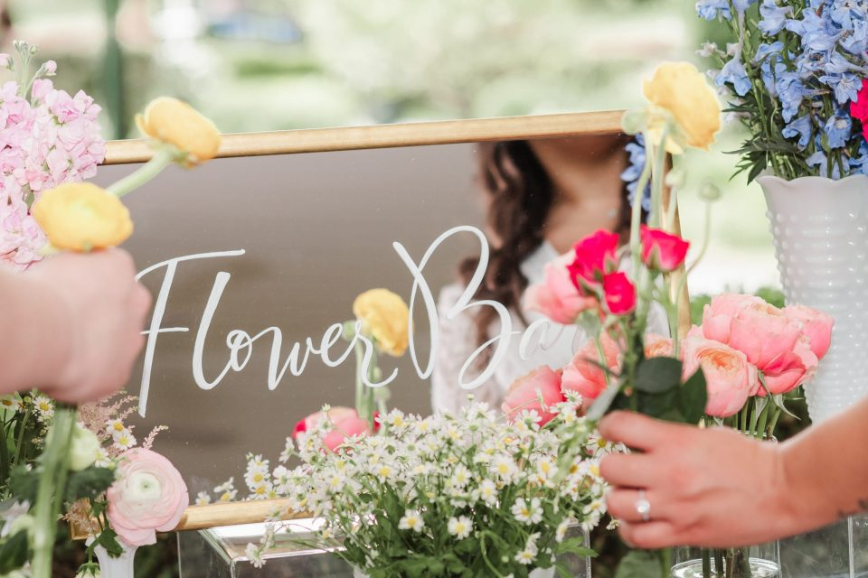 maple-field-floral-event-photography-bridal-shower-suess-moments