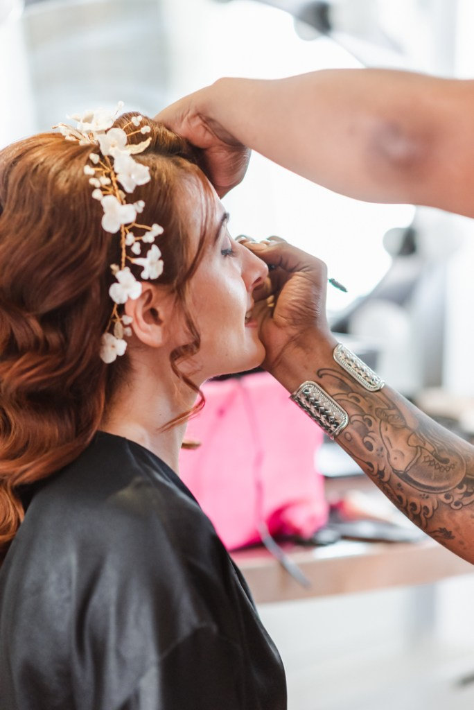 nyc-wedding-hair-and-makeup-vendor-new-york-wedding-photographer-suess-moments-the-glass-slipper-wedding