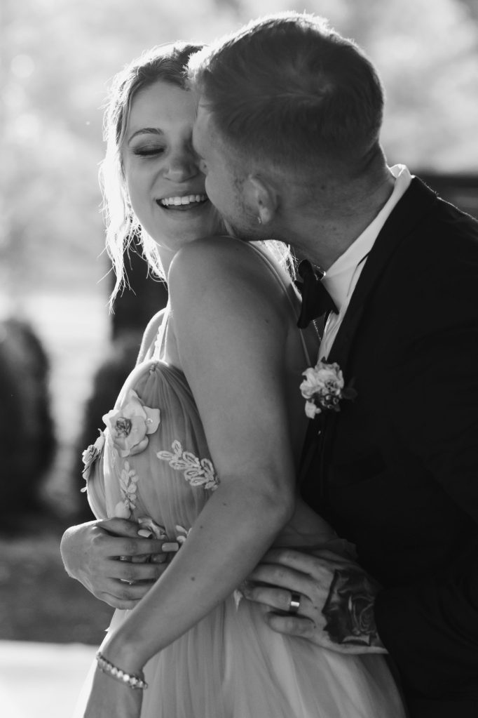 black-and-white-wedding-photographer-new-york-suessmoments
