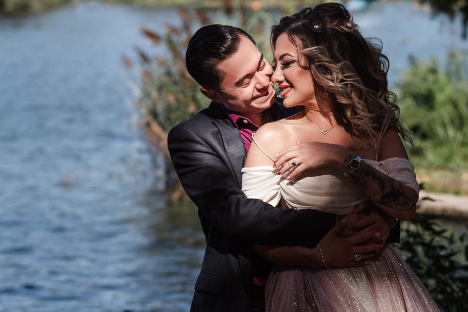 fairytale-inspired-engagement-photos-in-prospect-park-brooklyn-with-nyc-photographer-suessmoments