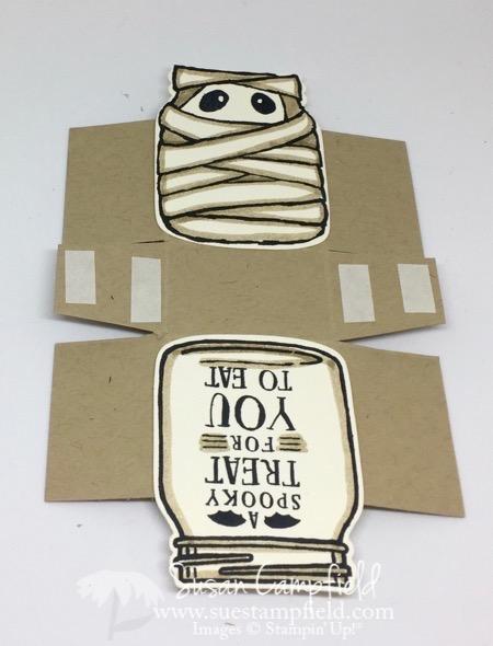 Jar of Haunts Halloween Mummy Treat Box - 6