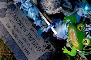 "Andrew ""AJ"" Freund's grave"
