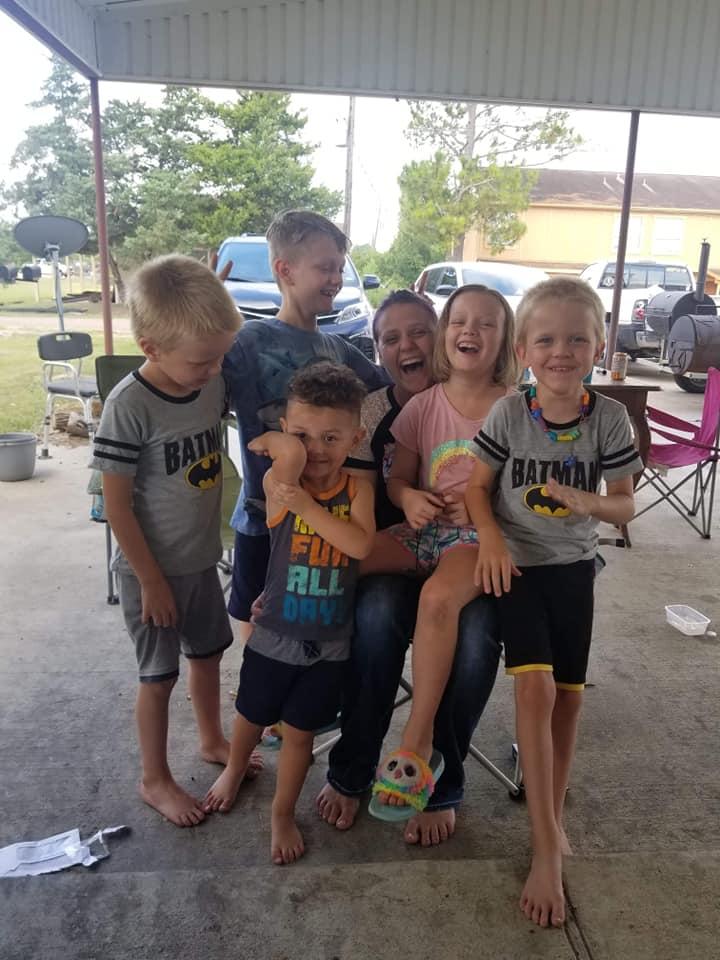 Sareh Hope Lang with her five children, Jaxon, Tareh, Lucas, Ben, and Christian