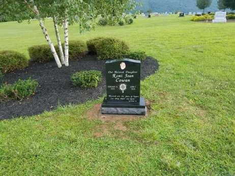 Remi Joan Cowan's grave