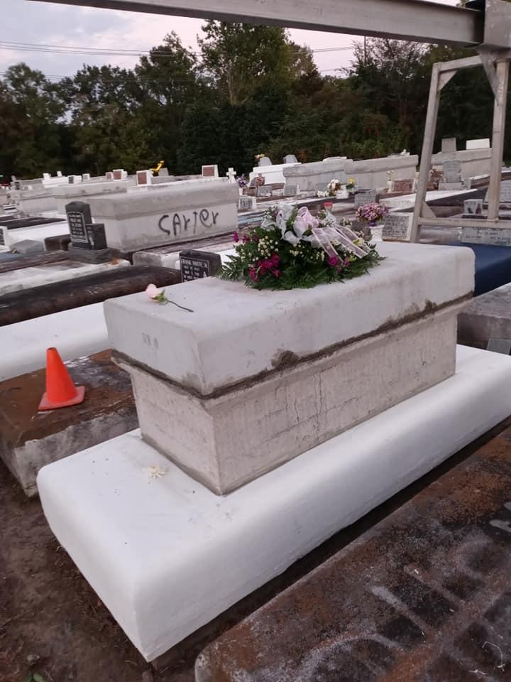 Jo'nyri Hawkins' grave