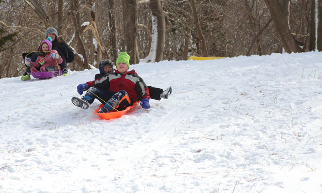 4_Mattituck sledding