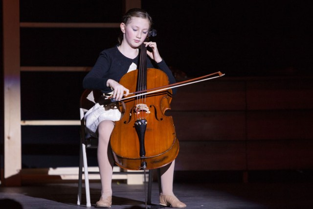Fallon Spellman performs Bach's Cello Suite No. 1.