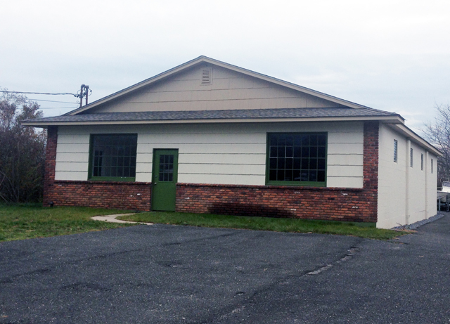 North Fork Shack could open at this former machine shop on County Road 48 in Southold. (Credit: Paul Squire, file)