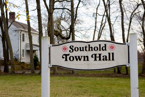 Southold_Town_Hall_Sign4161