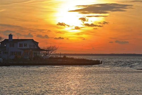 BARBARAELLEN KOCH PHOTO | Kimogener Point on the Bay off New Suffolk Avenue Monday evening.
