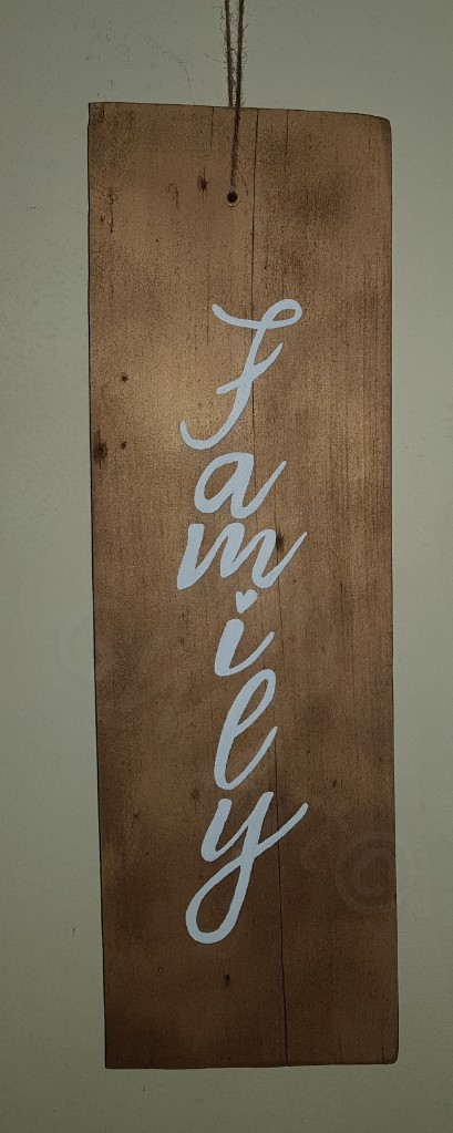 'Family' Wooden hanging sign