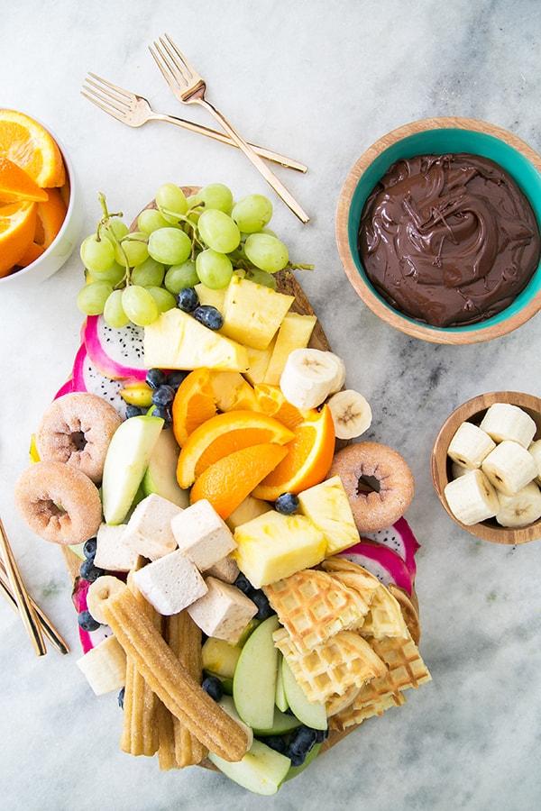 chocolate-fondu-kitchen-aid-sugarandcharm-2