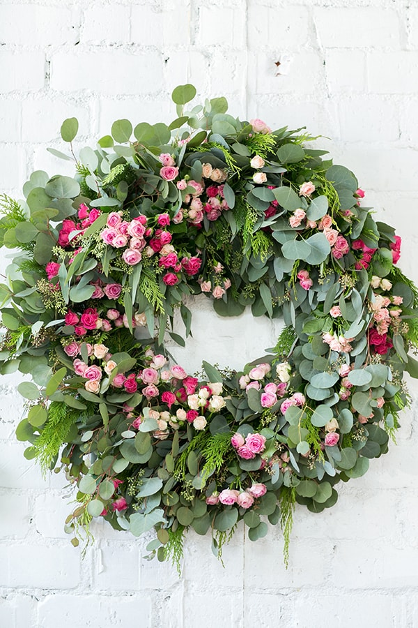 host-a-christmas-wreath-making-party-sugarandcharm-5