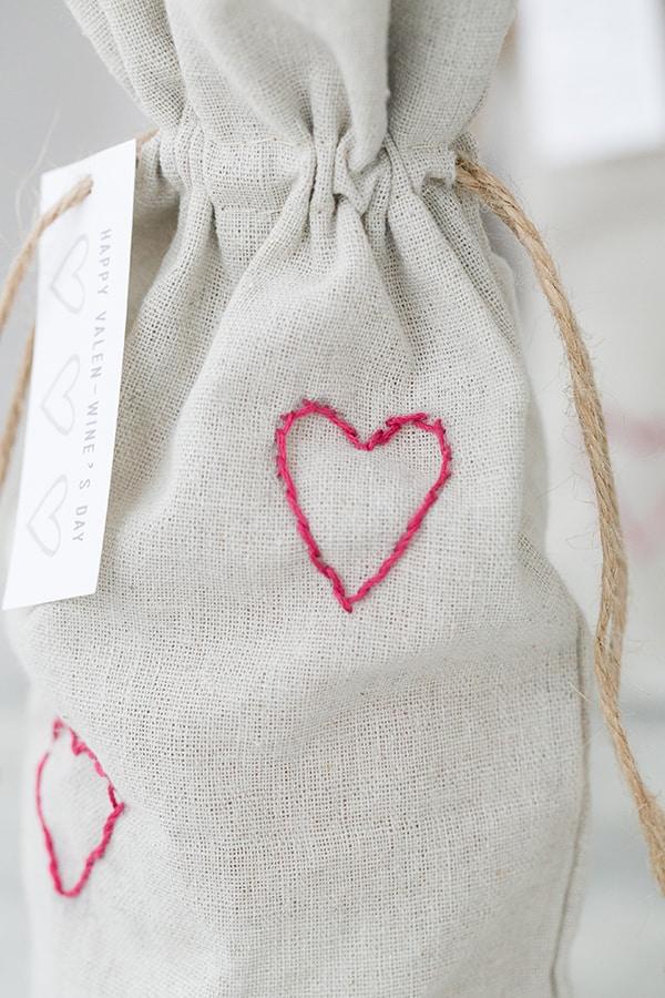 valentines_wine_bag_sugarandcharm_9
