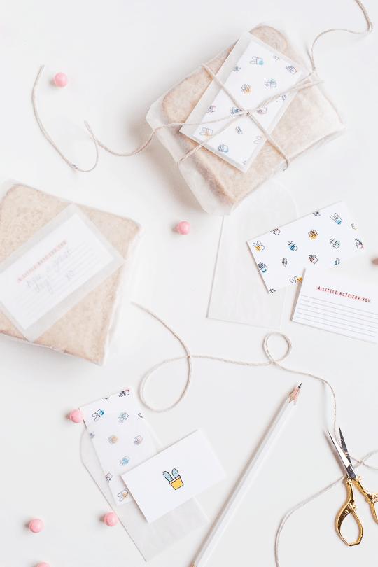 DIY printable surprise lunch notecards | sugarandcloth.com