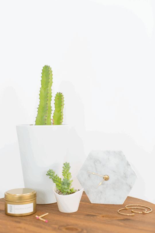 DIY mini hexagon marble wall clock | sugar & cloth