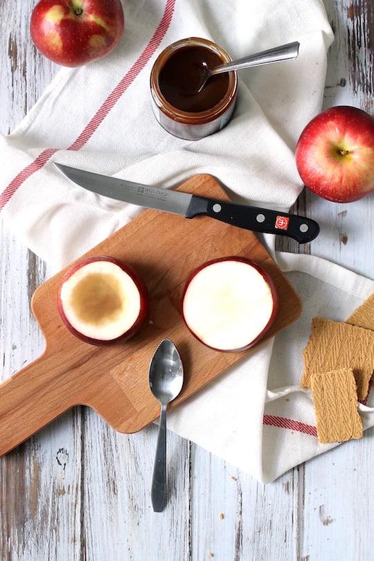 Caramel-Apple-Cheesecake-Stuffed-Baked-Apples-3