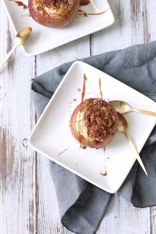 Caramel-Apple-Cheesecake-Stuffed-Baked-Apples 5