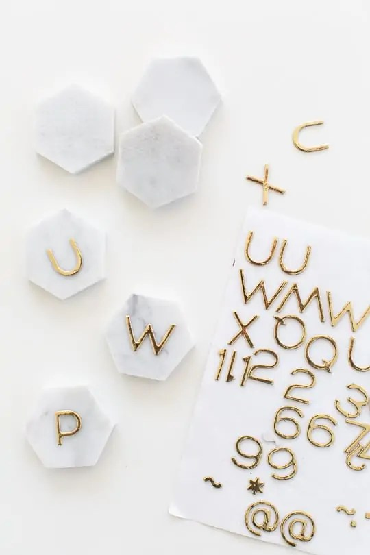 DIY Marble Hexagon Place Cards-5