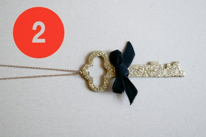 DIY glitter key necklace