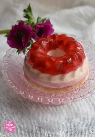 Erdbeerjellycake1