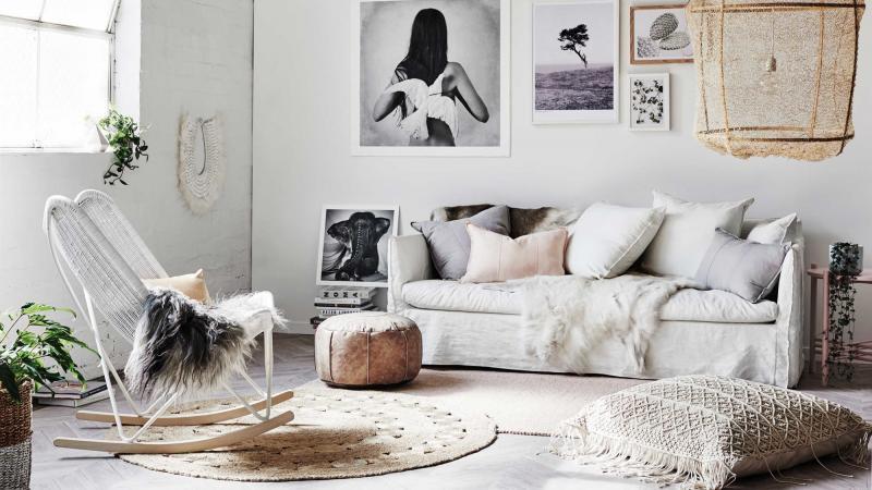 hygge-winter-faux-fur-rug-cushions-20160706154936-q75,dx800y-u1r1g0,c--.jpg