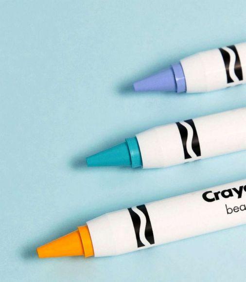 crayola-makeup-macaron-face-ht-jef-180606_hpEmbed_7x8_992