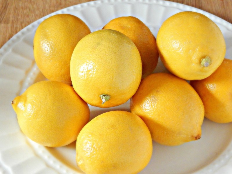 Plate of yellow lemons from SugarBananas.com copy
