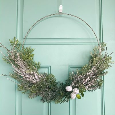 DIY Winter Wreath simple and easy, find this and more at www.sugarcoatedhousewife.com