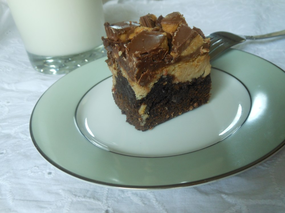 Reese's Peanut Butter Cheesecake Brownies (1/6)