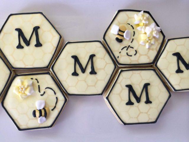 honeycomb bee monogram royal icing sugar cookie