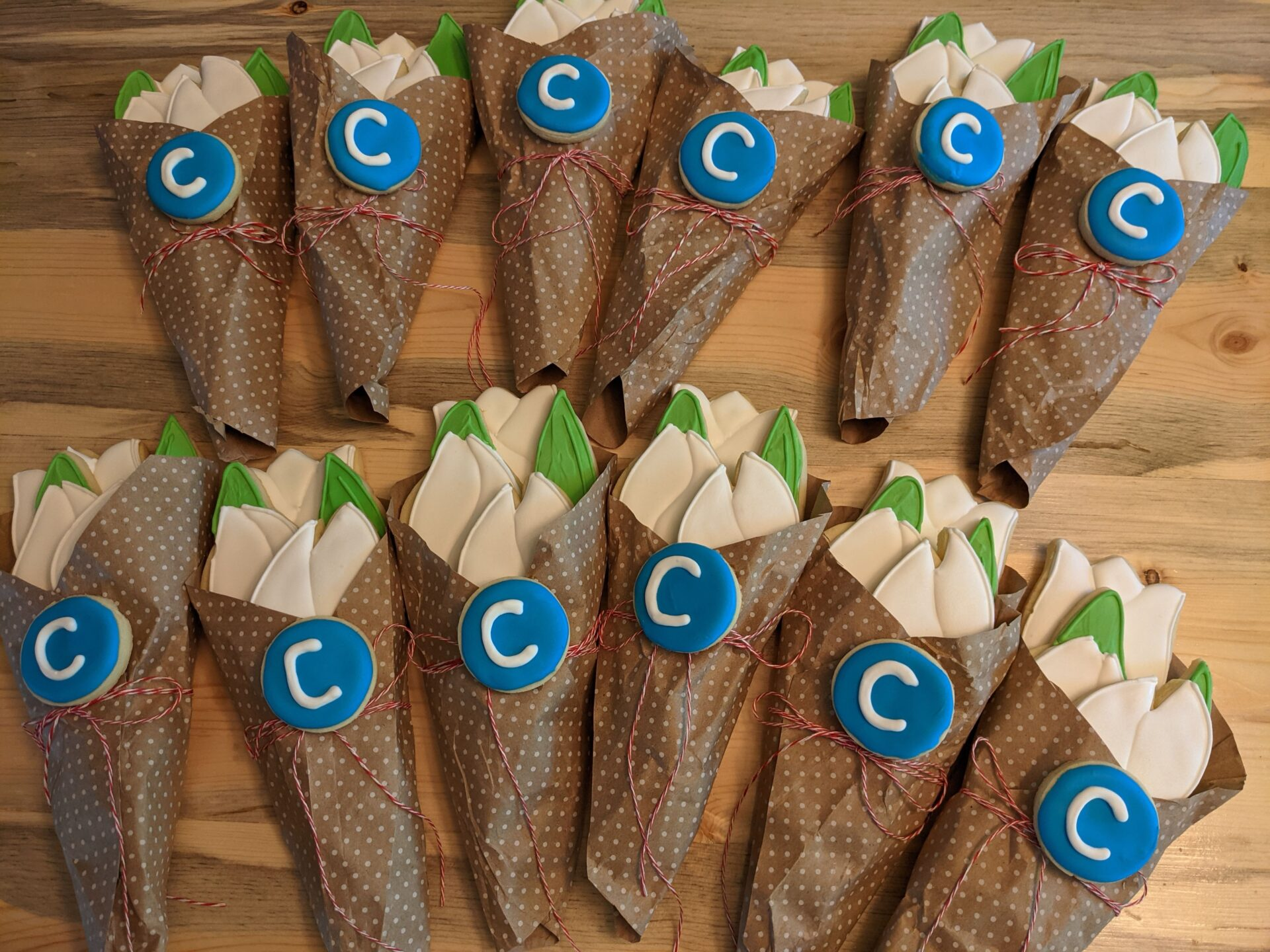 clearwater tulip cookie bouquets