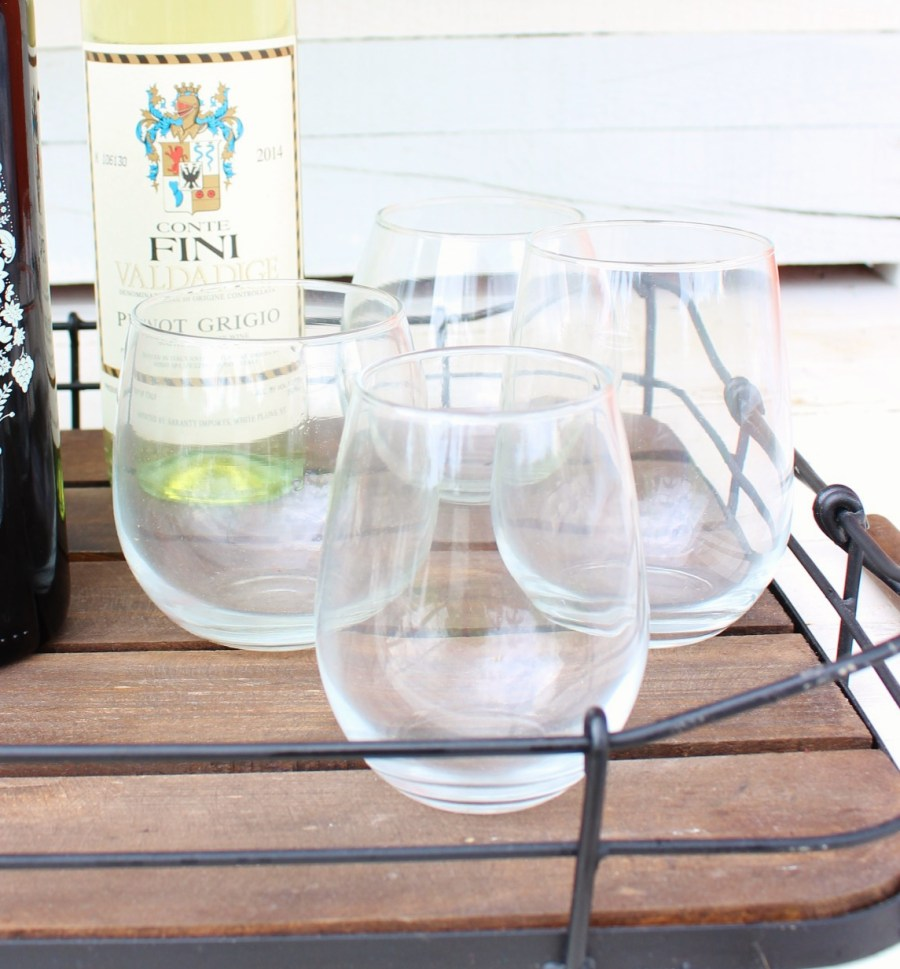 Different Wine Glasses for Different Wines