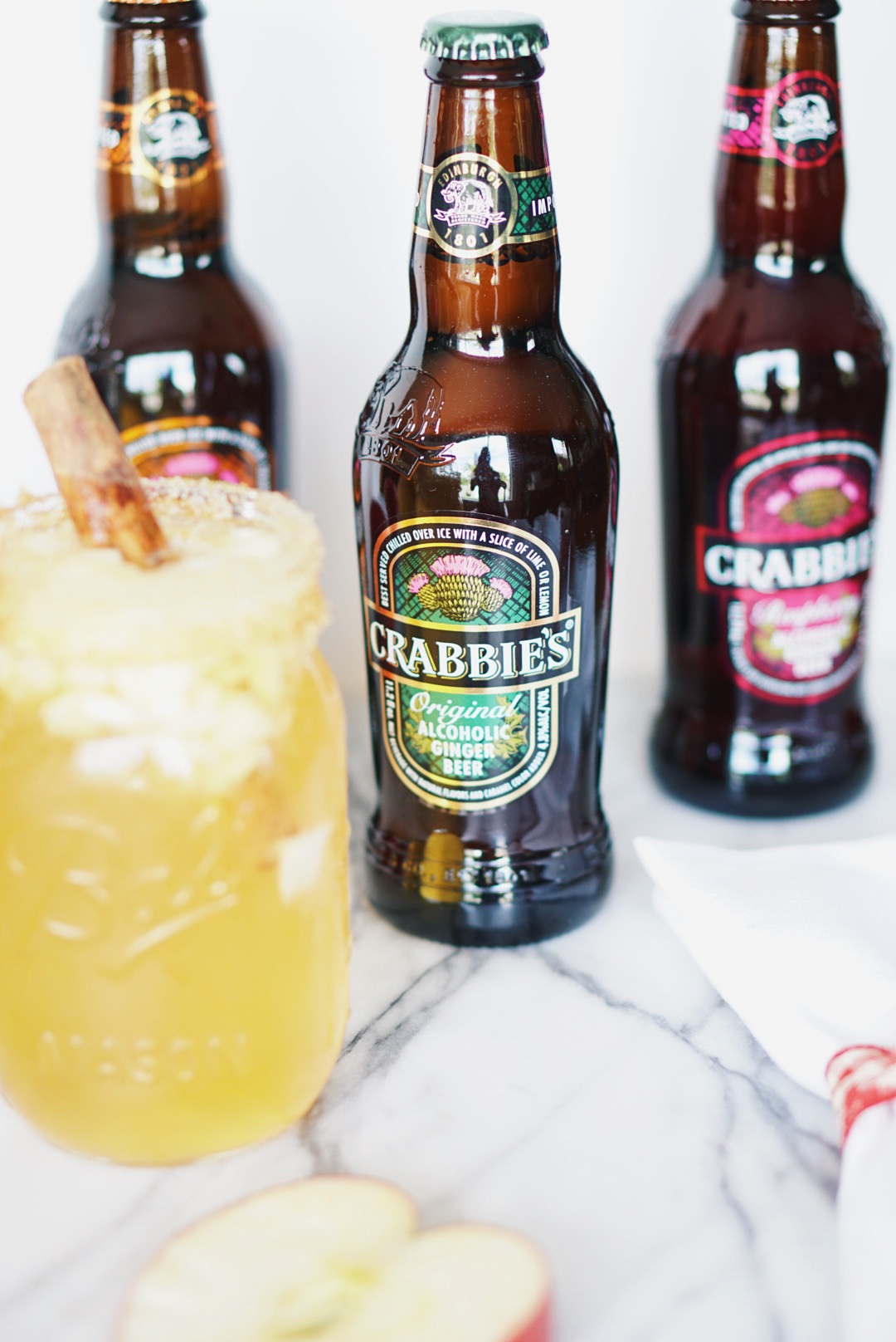 The perfect fall cocktail featuring crabbie 39 s alcoholic for Cocktail ginger beer