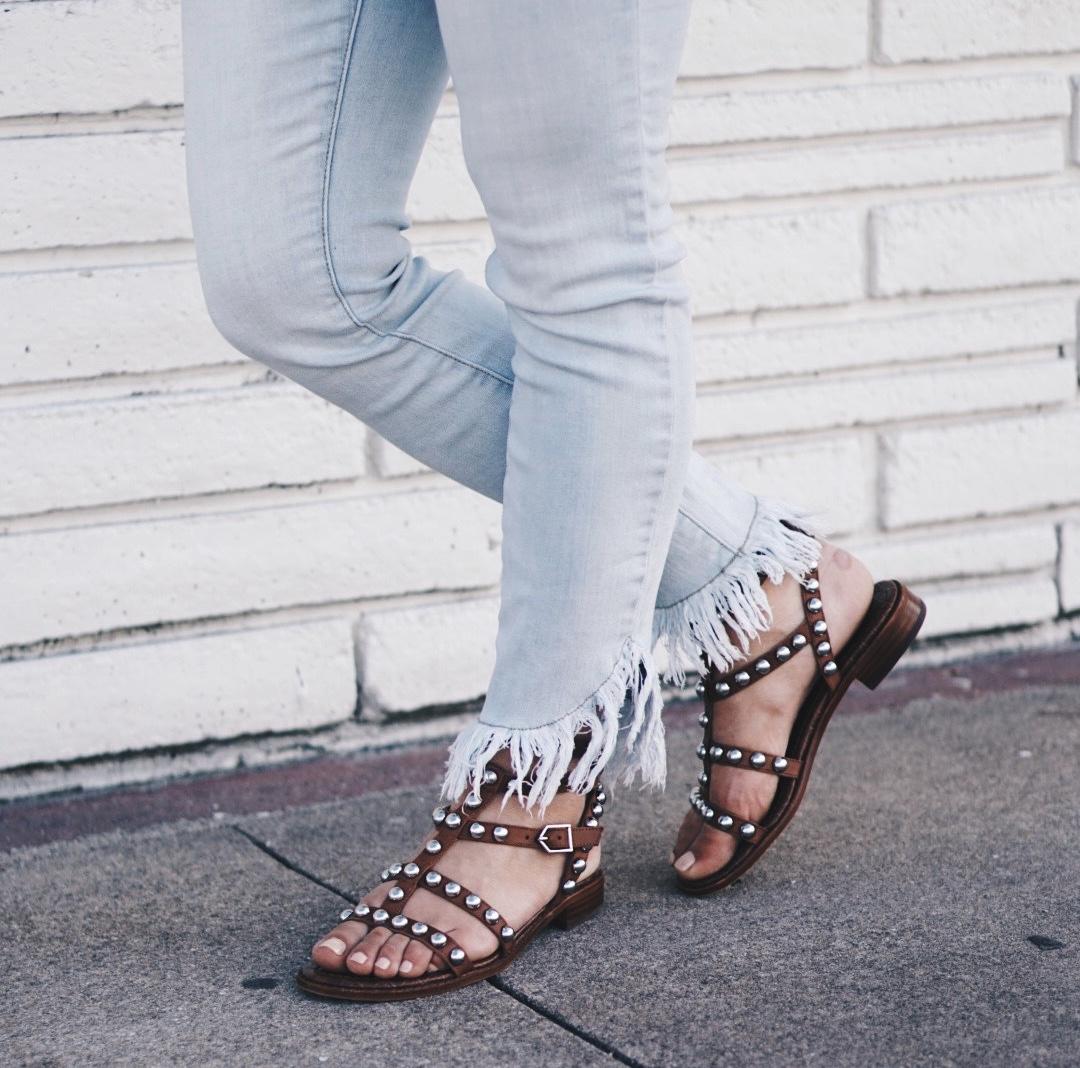 Sugar Love Chic blogger Krista Perez shares her favorite Spring 2017 Sandal Trends