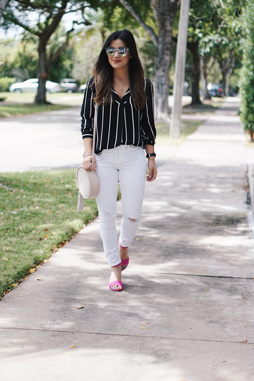 Sugar Love Chic blogger Krista Perez wears forever 21 striped long sleeve blouse