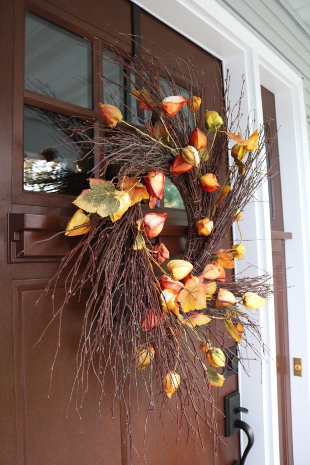 Fall Front Porch Inspiration | Door Wreath with branches and twigs
