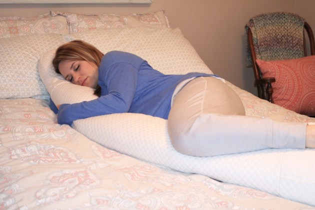 Must-Have Maternity Pillow for Expectant Moms - BeautySleep® Body Positioner with High Performance ThermoCool™ Cover