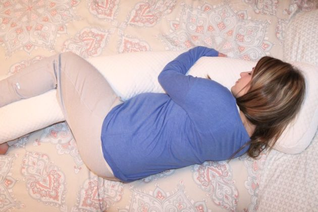 Must Have Maternity Pillow For Expectant Moms Sugar