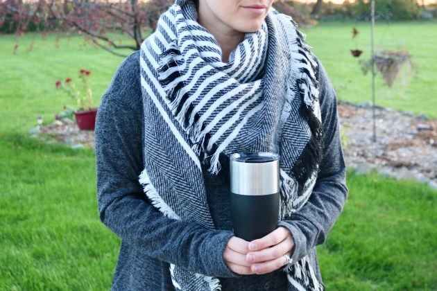 Gift Guide For The Cozy Mom - Get gift ideas for mom this Christmas - A&I Scarf, Camelbak Coffee Mug