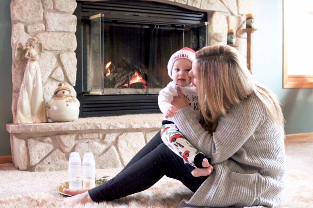 Celebrating Baby's First Christmas As A Nursing Mom + An Announcement - #ForBetterBeginnings #PlaytexMom