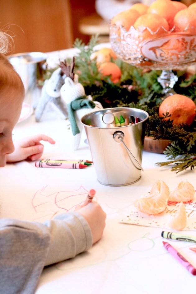 DIY Colorful and Fresh Christmas Kids Table - Coloring