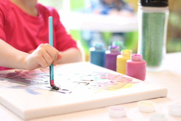 Have a stash of art projects ready to go to entertain your toddler. Wisconsin Lifestyle Blogger