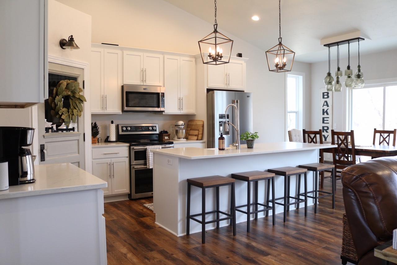 Modern Farmhouse Kitchen Reveal - SUGAR MAPLE notes on Farmhouse Kitchen Ideas  id=43113